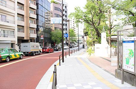 信濃町駅からのアクセス